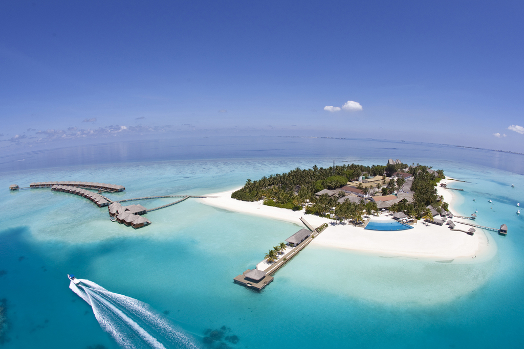 VELASSARU  MALDIVES RESORT *****