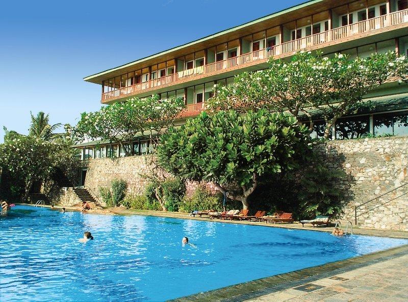 BENTOTA BEACH HOTEL ****