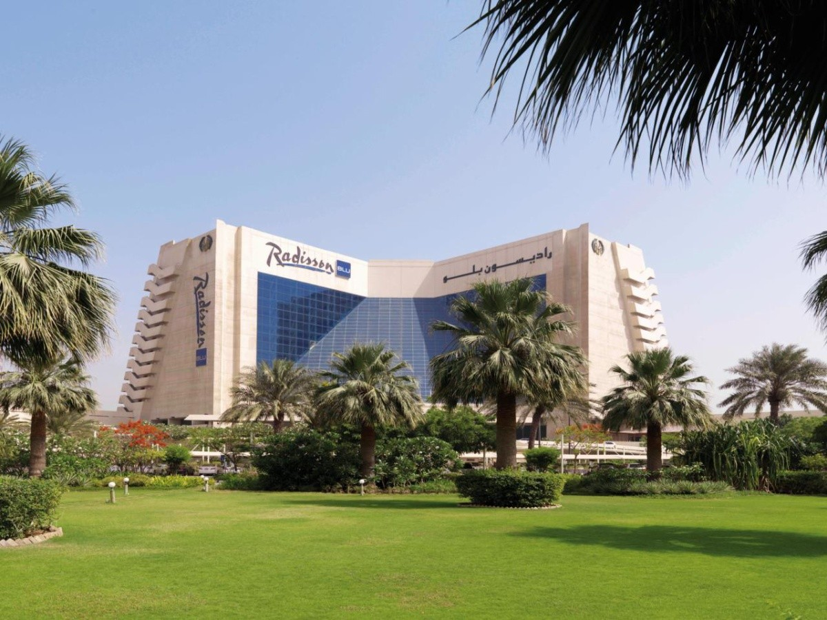 RADISSON BLU RESORT, SHARJAH *****