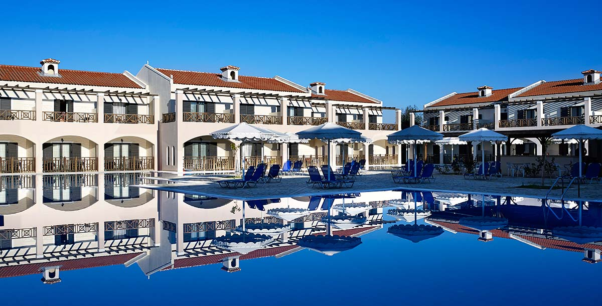 MITSIS RODA BEACH RESORT & SPA ****