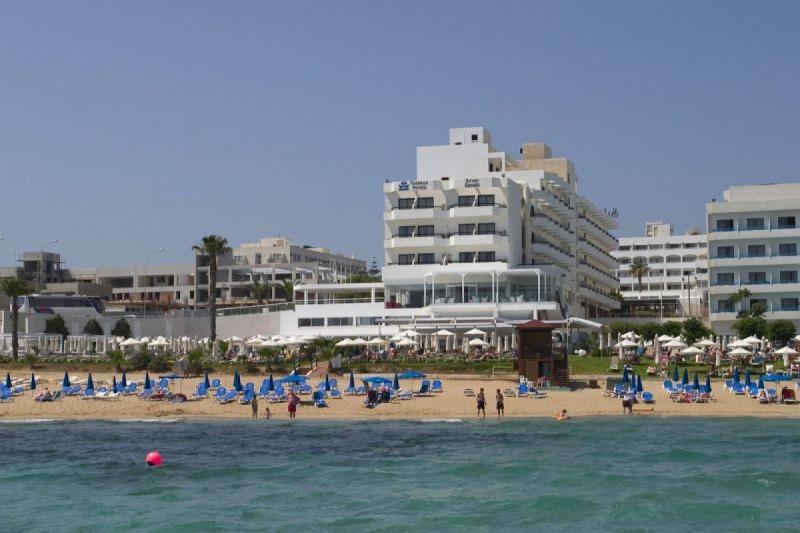 SILVER SANDS BEACH HOTEL ***+