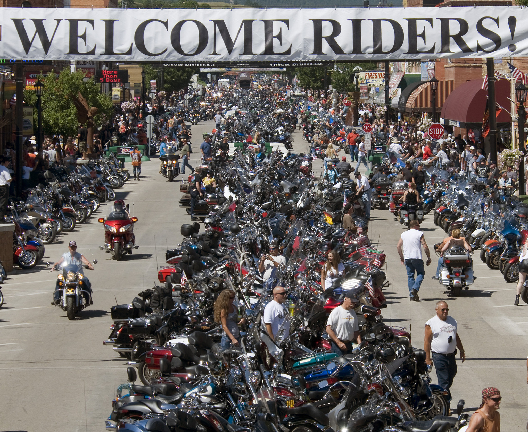 STURGIS 77th MOTORCYCLE RALLY & BIKE WEEK