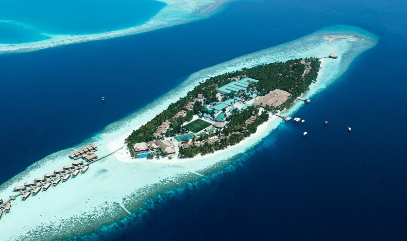 VILAMENDHOO ISLAND RESORT & SPA ****+